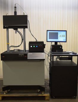 Fatigue Material Testing System 8511