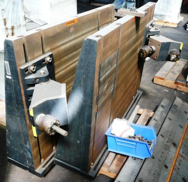 T-Slotted 90° Angle Plates